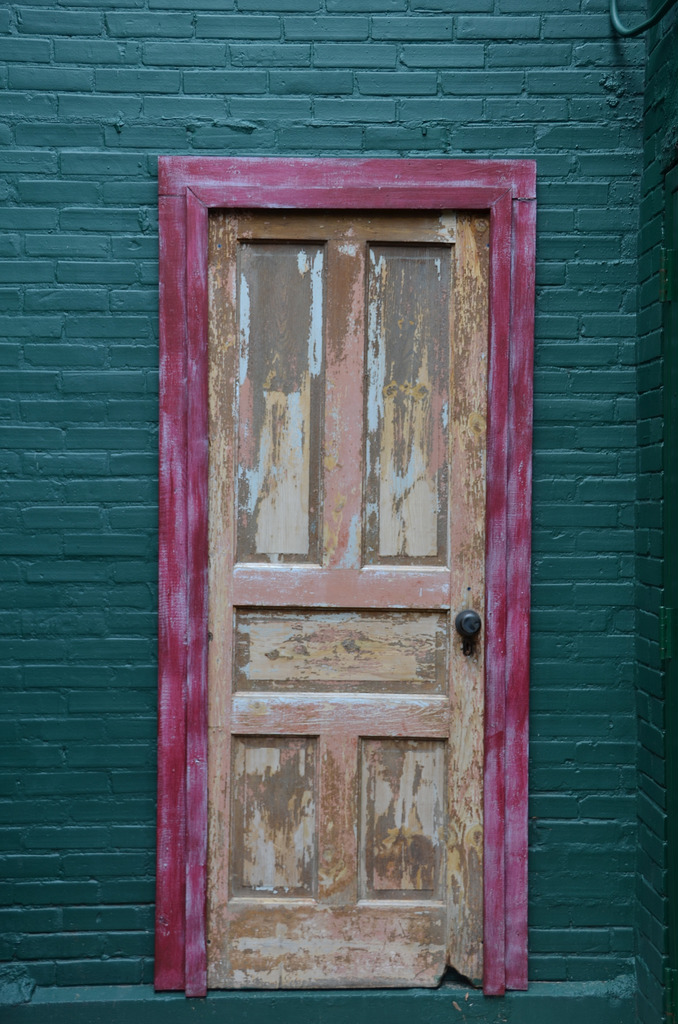 (Radio Clip) Look Behind this Door to See a Very Common Mistake Buyers and Sellers Make